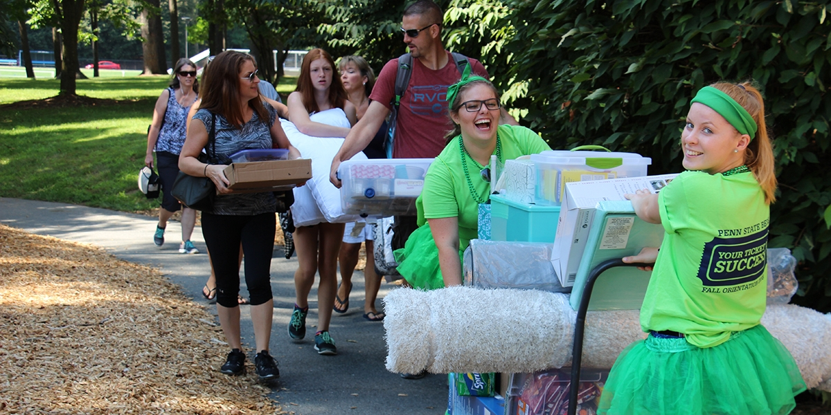 students moving in at Penn State Berks